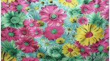 Атлас принт разноцветные крупные цветы