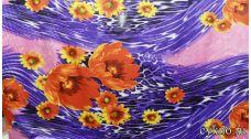 Атлас принт темно-оранжевые цветы на фиолетовом
