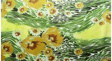 Атлас принт горчичные цветы на темно-зеленом