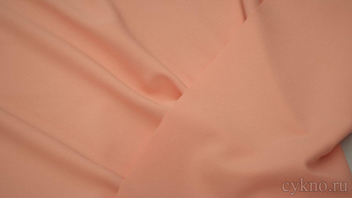 Креп костюмный персикового оттенка